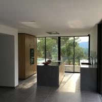 Hotel Pictures: Rive Gauche, Cogolin