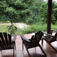 Hotel Pictures: Pacuare River Lodge, Bajo Tigre