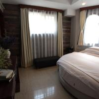 Mainland Chinese Citizens-Honeymoon Room with Round Bed