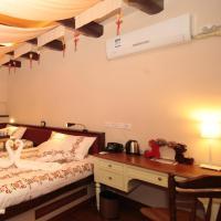 Standard Twin Room B
