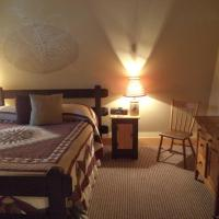 Queen Suite - 2nd Floor