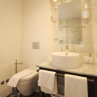Deluxe Double Room (2 Adults)