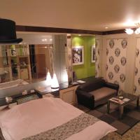 Large Double Room - Non-Smoking