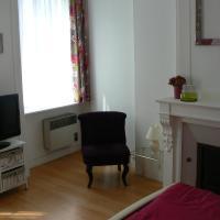 Hotel Pictures: Le Montebello, Cherbourg