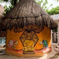 Casa Satya
