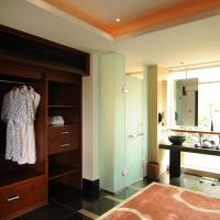 Standard Double Suite