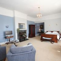 Superior King Room with Private Bathroom