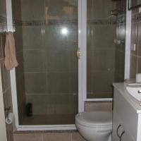 Economy Quadruple Room with Shared Bathroom B
