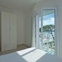 Triple Room with Balcony Facing Lake