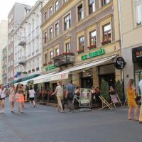 Apartment with Balcony - 32 Chmielna Street