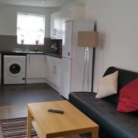 Three-Bedroom Apartment - Somerfield Road (B)