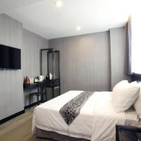 Executive Queen or Twin Room with Sofa Bed