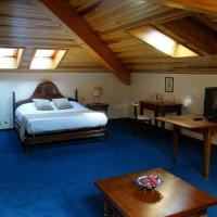 Deluxe King Room - Attic