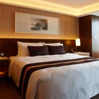 Deluxe King Room with River View