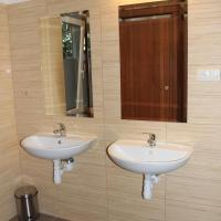 Triple Room with External Bathroom