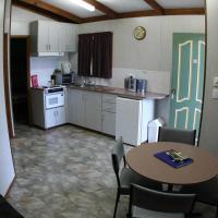 Deluxe Two-Bedroom Cabin (5 Guests)