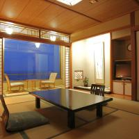 Japanese-Style Room with Sea View and Shared Bathroom