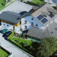 Hotel Pictures: Pension Pritzl, Salzweg