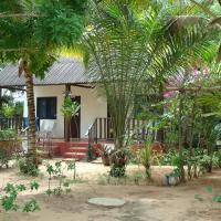Фотографии отеля: Hotel Village Vacances Awale Plage, Grand-Popo