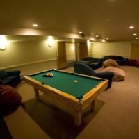 Seventeen-Bedroom Villa
