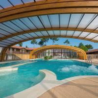 Hotel Pictures: Les Cottages Du Lac, Parentis-en-Born