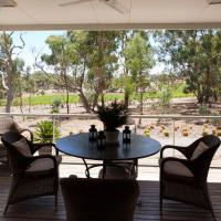 Hotel Pictures: Thorn Park By The Vines, Clare