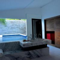 Chalet Garden with Private Pool
