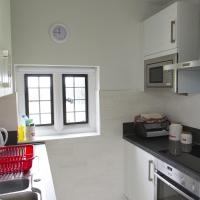 Two-Bedroom Apartment (Flat F)