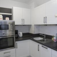 Two-Bedroom Apartment (Flat E)