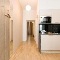 One-Bedroom Apartment (Top 3)