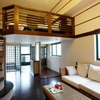 Chinese Style Luxury Queen Bed Room