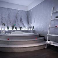 Large Junior Suite with Hot Tub