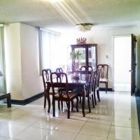 Hotel Pictures: Guest House El Bosque, Quito