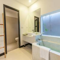 Deluxe Double Room with Pool View