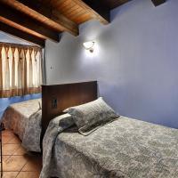 Hotel Pictures: Apartamentos Teresana, Alquézar