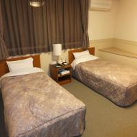 Standard Twin Room with Shared Bathroom - Non-Smoking