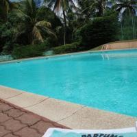 Studio Standing à Cayenne, piscinne.