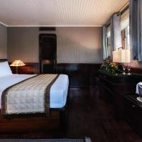 Suite Seaview Double or Twin Room with Balcony