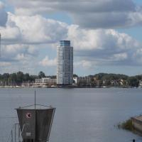 Hotel Pictures: Ferienappartments im Wikingturm, Schleswig