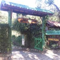 Hotel Pictures: Chales Joia Rara Dos Gnomos, Visconde De Maua