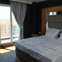 Deluxe Apartment with Balcony (4 Adults)