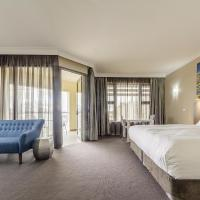 Retreat Suite with Balcony