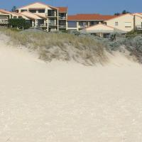 Hotel Pictures: Scarborough & Absolutely Beachfront, Perth