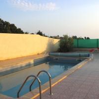 Hotel Pictures: Villa Avec Piscine Privé, Montesquieu