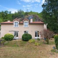 Hotel Pictures: Chambre d'hôtes Louvignau, Vals-près-le-Puy