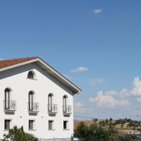 Hotel Pictures: Hostal Landhaus, El Molar