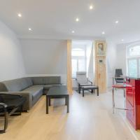 Standard Two-Bedroom Apartment with Living Room (6 Adults) - Monte Cassino 41 Street