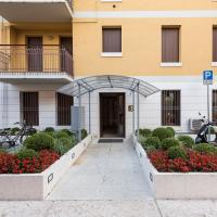 Large Two-Bedroom Apartment - Via Scarsellini n.19/1