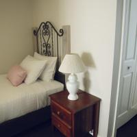 Single Room with Private Bathroom - Disability Access