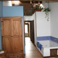 Hotel Pictures: Casa Rural de Miguel, Arroyo de las Fraguas